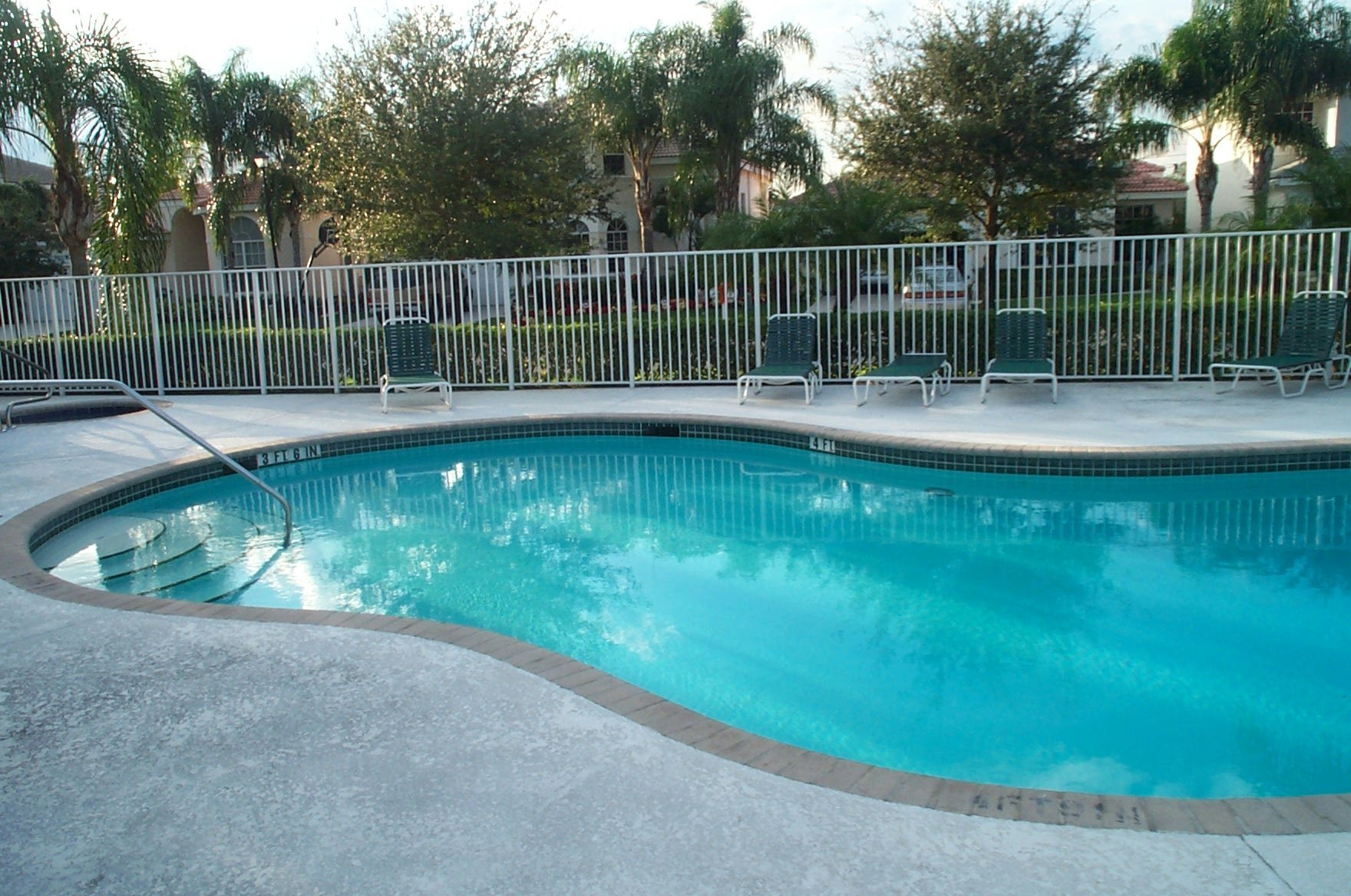 Cypress Cay Parkland pool