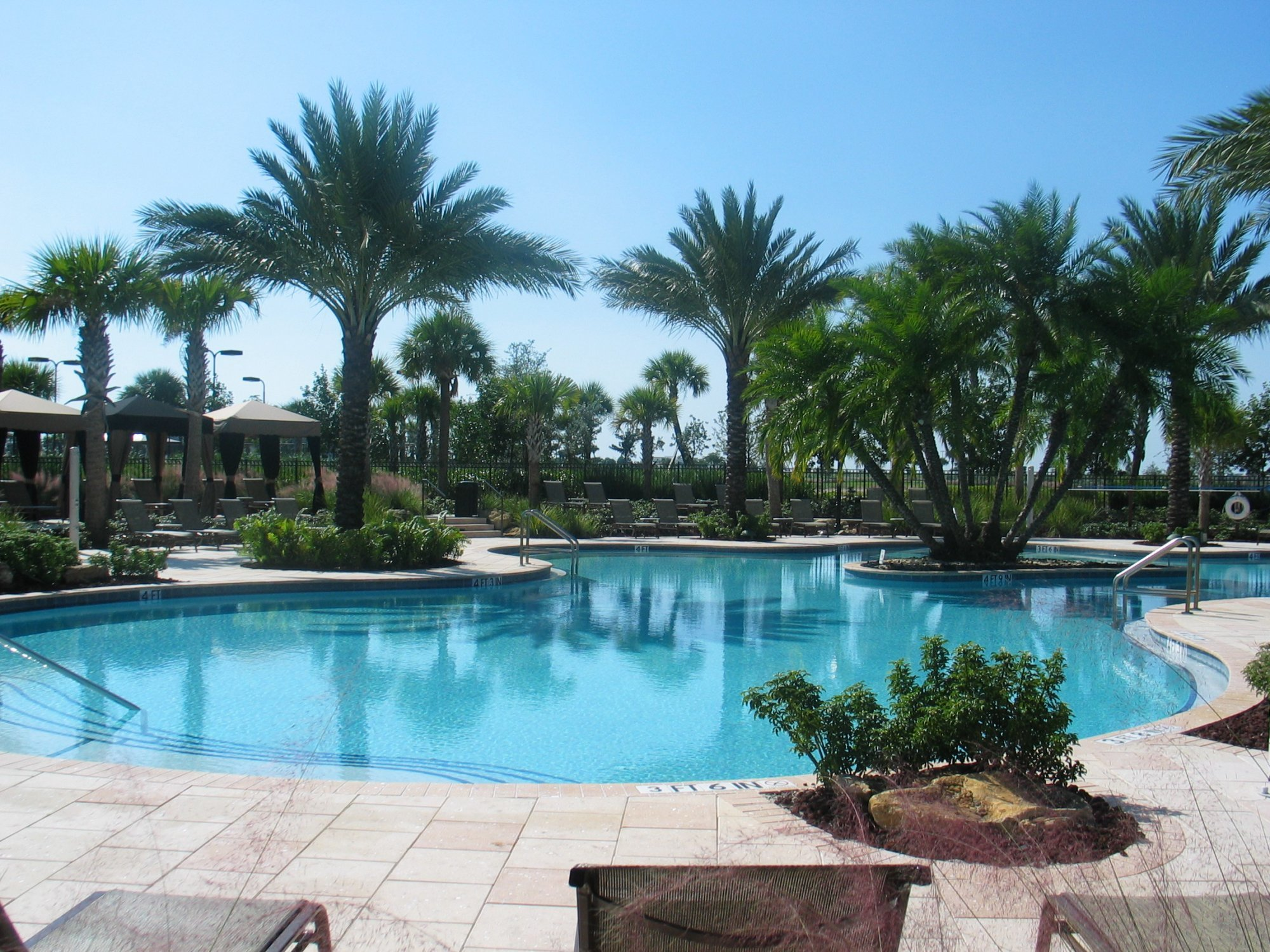 Parkland Golf & country club pool